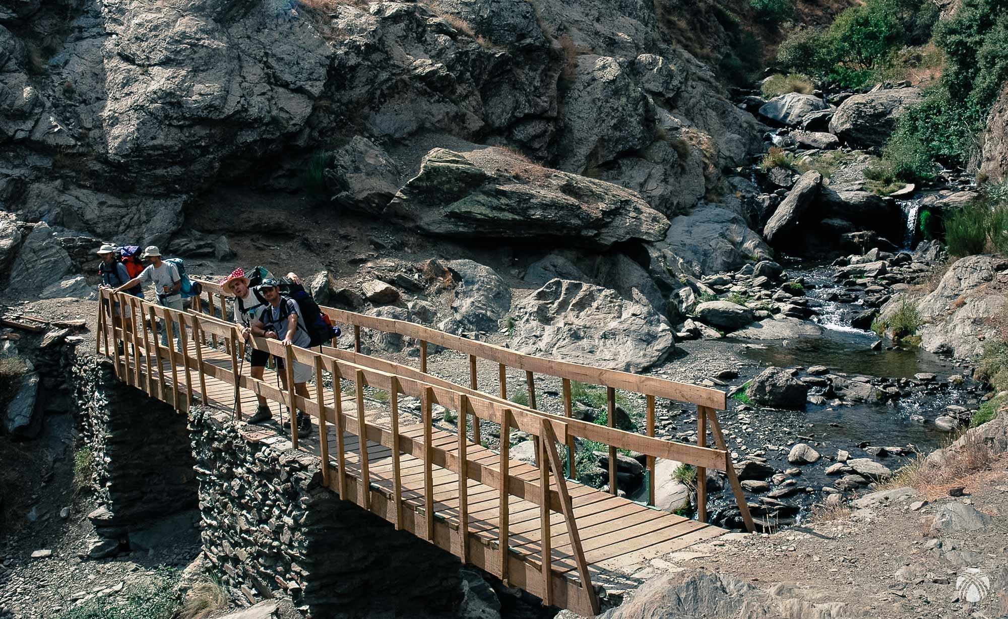 Puente sobre el Guarnón