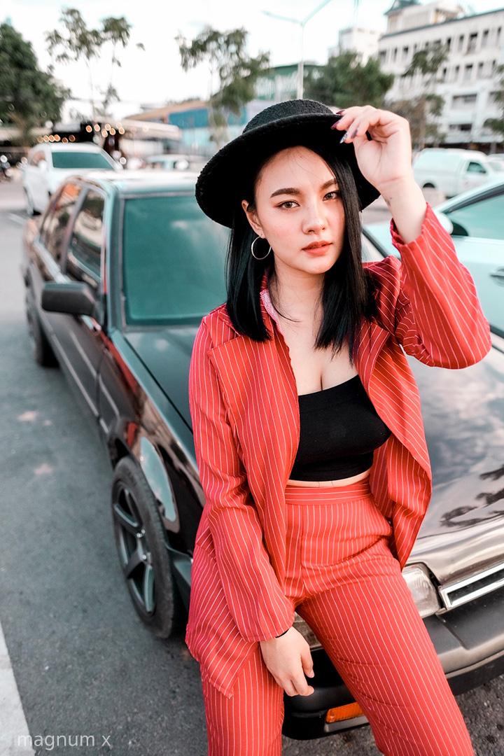ภาพถ่ายนางแบบ โทน Orange Teal แอพ Lightroom