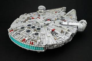 1/72 Millennium Falcon