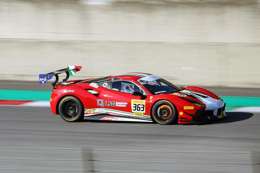 Panning Ferrari 488 Challenge