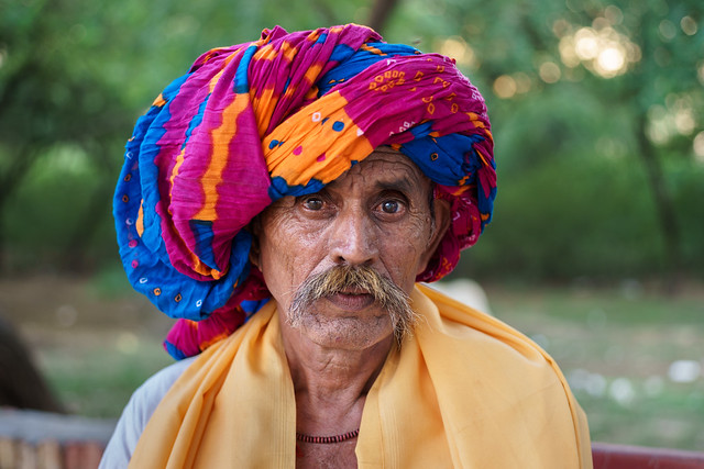 Turban - Leica Summicron-R 50mm 2.0  @2.8