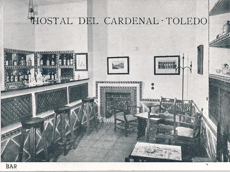 Bar del Hostal del Cardenal en los años 50. Colección de Tomás García del Cerro