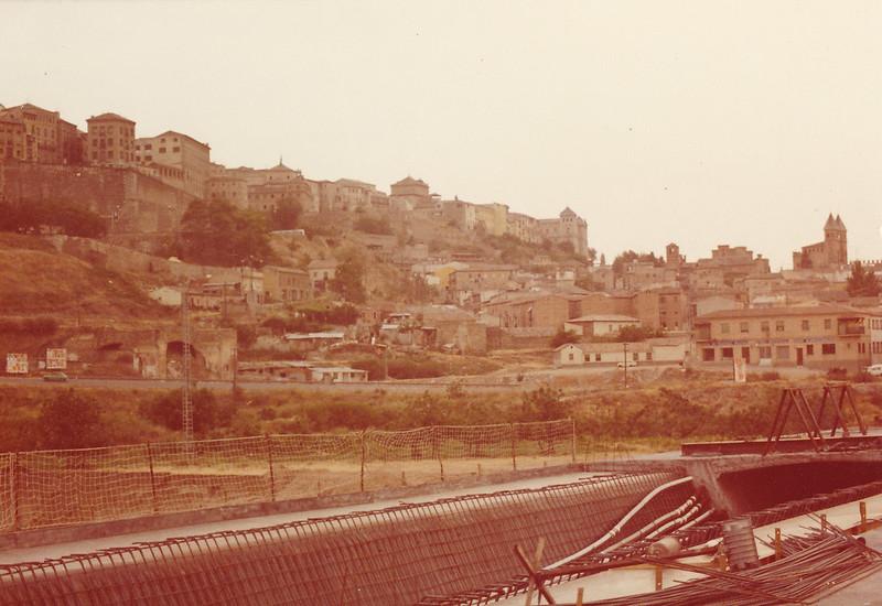 Construcción del Puente de Azarquiel, años 80. Fotografía de Tomás García del Cerro