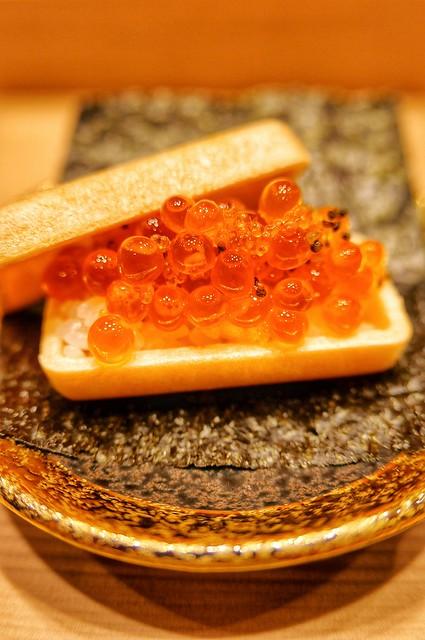 変わり寿司 イクラ最中