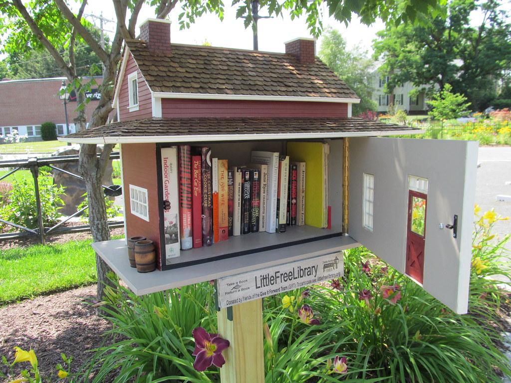 Massachusetts - Little Free Library