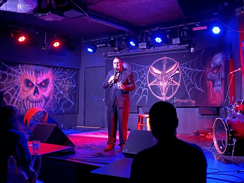 Neil Hamburger live