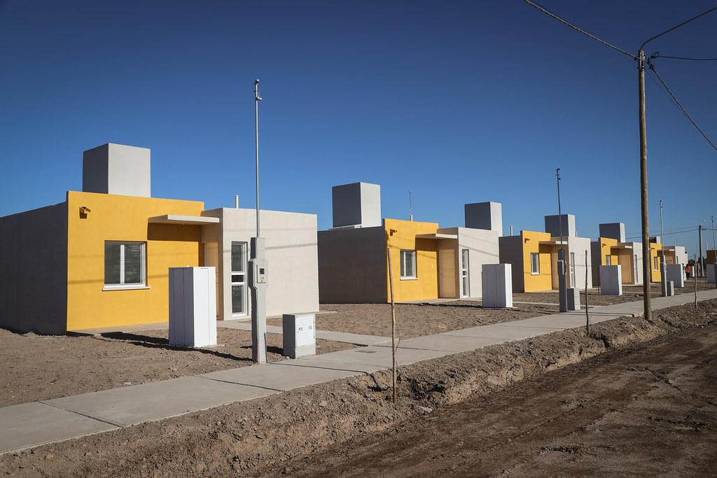 2019-10-28 PRENSA: Entrega de viviendas en el departamento San Martín