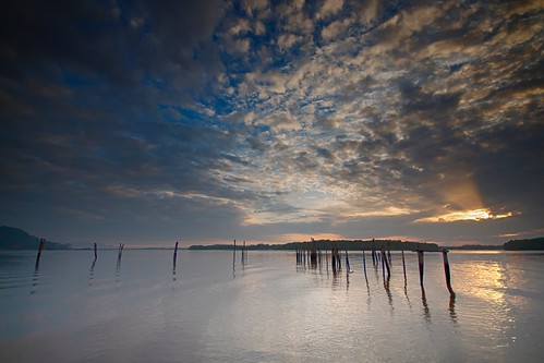 sunrise reflection cloud sea sky coast seascape shoreline jetty pier canon eos700d canoneos700d sigma sigmalens 10mm20mm wideangle lumut waterfront perak malaysia travel place trip kanvasalam happyplanet asiafavorites