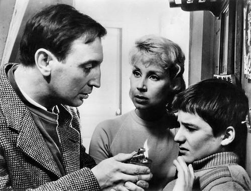 Jean-Pierre Léaud, Albert Remy and Claire Maurier in Les quatre cents coups (1959)