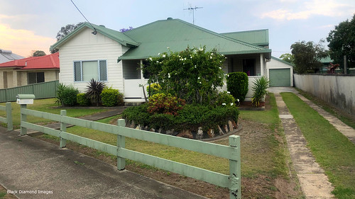 Originally my Grandparents Home, 140 High St, Taree | by Black Diamond Images