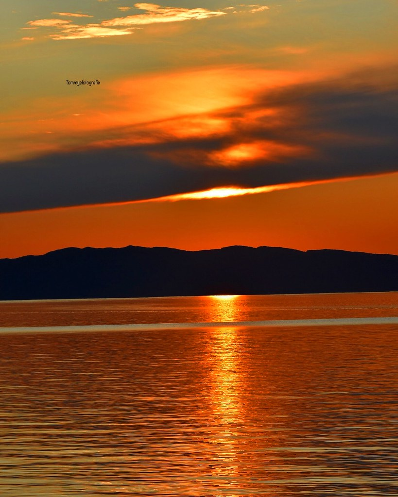Sunset over the Trondheimfjorden. Photo from last summer