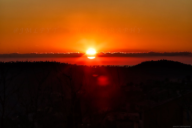 Sunset in Bormes-Les-Mimosas in French Riviera - Côte d'Azur France - -3D0A3317