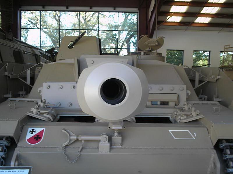 StuG III 32