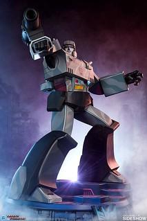 破壞大帝狂傲參戰! Pop Culture Shock × Sideshow Collectibles《變形金剛:G1》Museum Scale 密卡登 Megatron 全身雕像 普通版/EX版