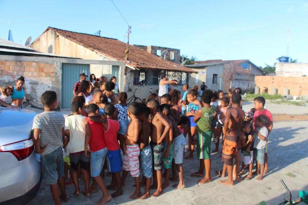 Vereador Gó distribui brinquedos no dia das crianças (11)
