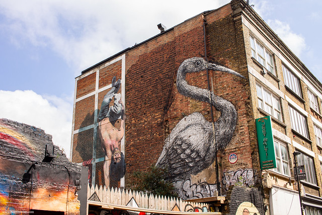 Hanbury Street, Crane by Roa and hardstanding man by Martin Ron