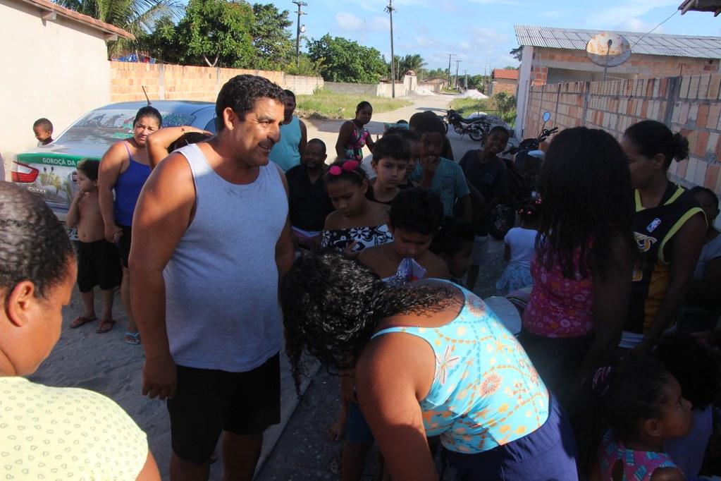 Vereador Gó distribui brinquedos no dia das crianças (4)