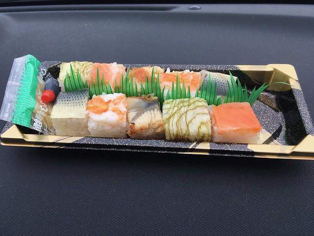 一口押し寿司