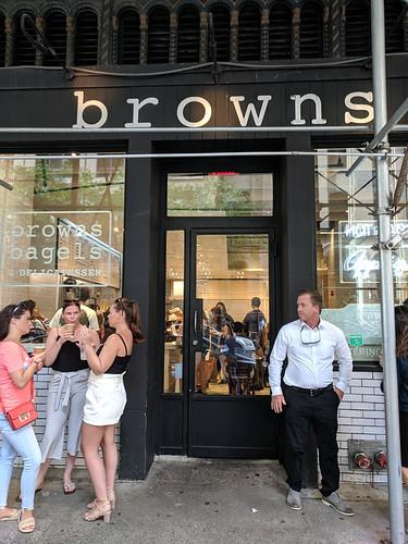 Brown's Bagels