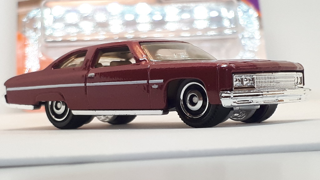 Matchbox Boxed /'75 CHEVY CAPRICE
