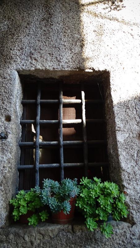 Sanza  - Finestra carcere 'qui venne richiuso Nicotera.