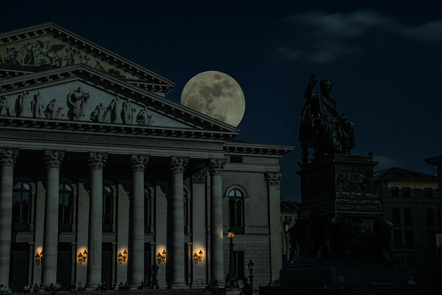 Fullmoon over Munich