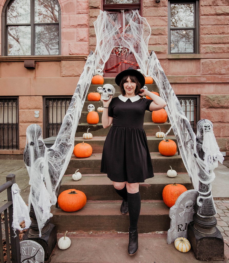 Halloween Brooklyn decorating