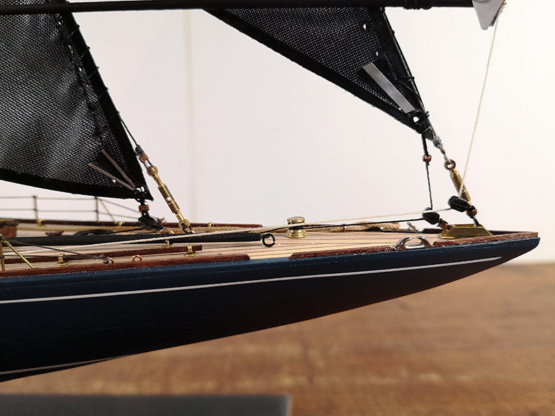 Endeavour 1934 - yacht J-class - 1:80 Amati - Page 5 48982501381_782362b23f_c