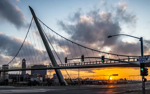 bridge california sandiego things harbordrive dawn sunrise traffic