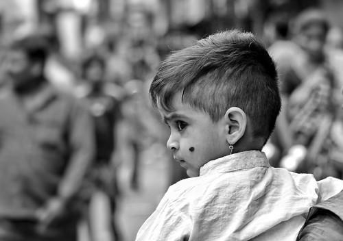 flickrunitedaward monochrome blackandwhite kid child looking around blacknwhite