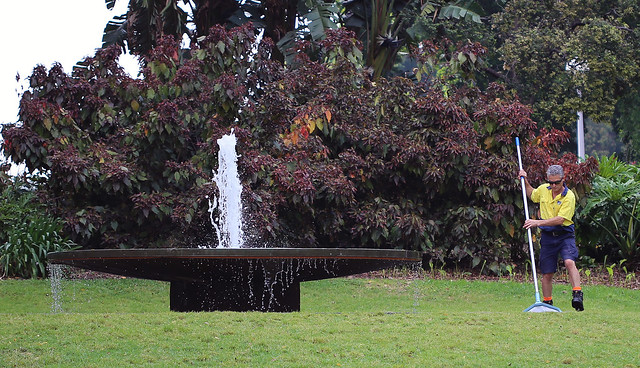 Spring cleaning F.J. Walker Memorial Fountain, by Gerard Havekes