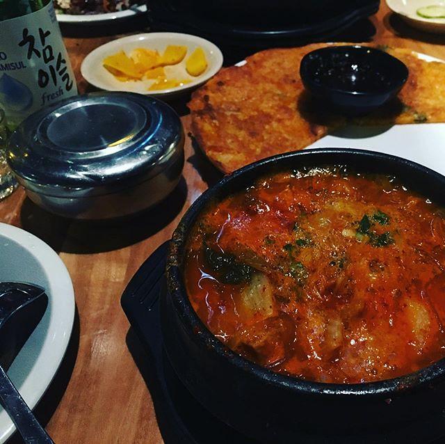 Kimchi jjigae, kimchi pajeon, soju. ❤️❤️❤️ 🍲🍸