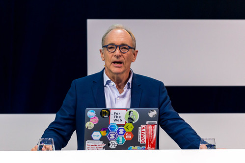 Tim Berners Lee on the future of the web at Digital X in Cologne | by verchmarco