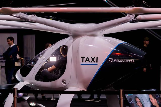 Volocopter als Konzept für Zukunftsmobilität ausgestellt auf der Digital X in Köln