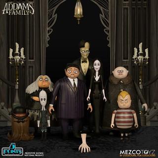 全世界最古怪的家庭,熟悉的黑色幽默! MEZCO 5 POINTS 系列《阿達一族》The Addams Family 可動人偶搞怪登場~
