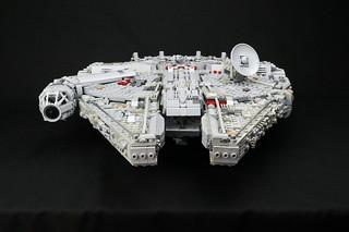More Millennium Falcon pics
