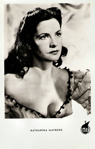Katharina Mayberg in Die Todesarena (1953)