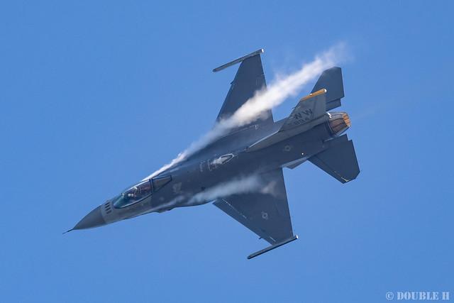 JASDF Komatsu AB Airshow 2019 (38) PACAF F-16 Demo Flight