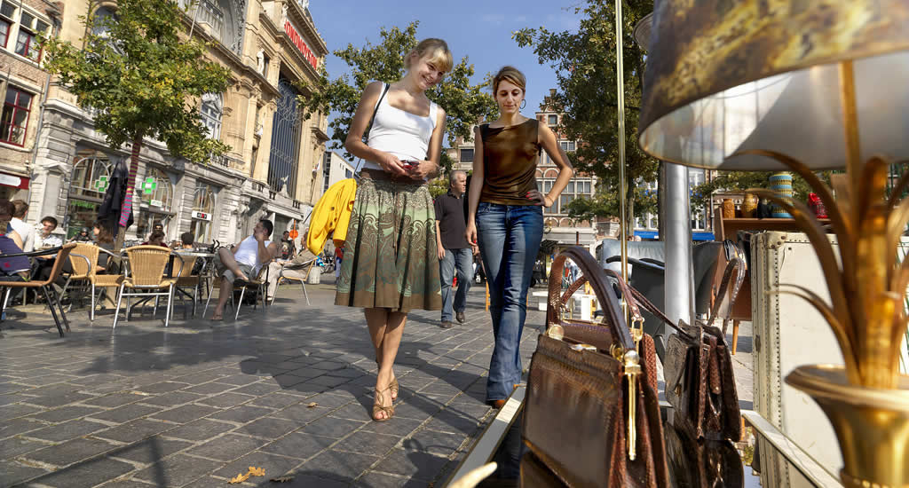 Brocante markt St. Jacobs, Gent | Mooistestedentrips.nl