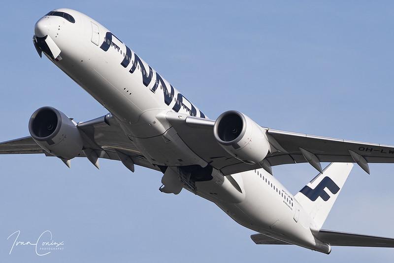 Airbus A350-941 – Finnair – OH-LWF – Brussels Airport (BRU EBBR) – 2019 10 26 – Takeoff RWY 25R – 01 – Copyright © 2019 Ivan Coninx