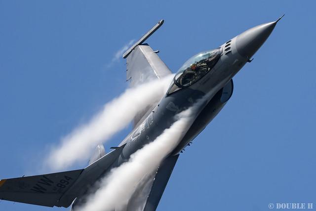 JASDF Komatsu AB Airshow 2019 (44) PACAF F-16 Demo Flight
