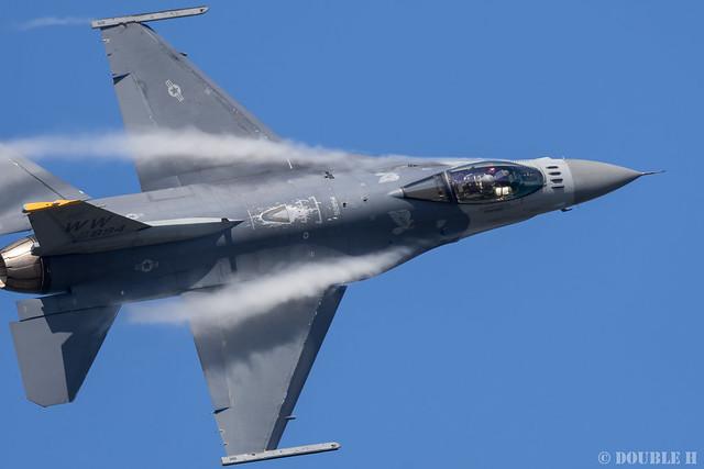 JASDF Komatsu AB Airshow 2019 (46) PACAF F-16 Demo Flight
