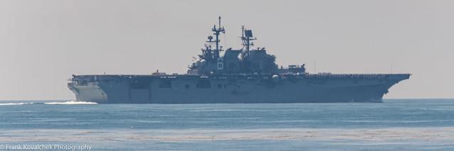 I think this is the USS Bonhomme Richard, LHD-6, an amphibious assault ship.