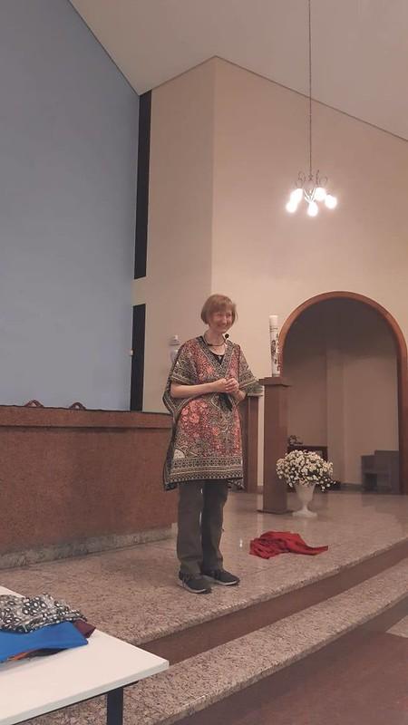 cristãos leigas e leigos das Foranias Aparecida e Rosário que participam da Escola da Palavra