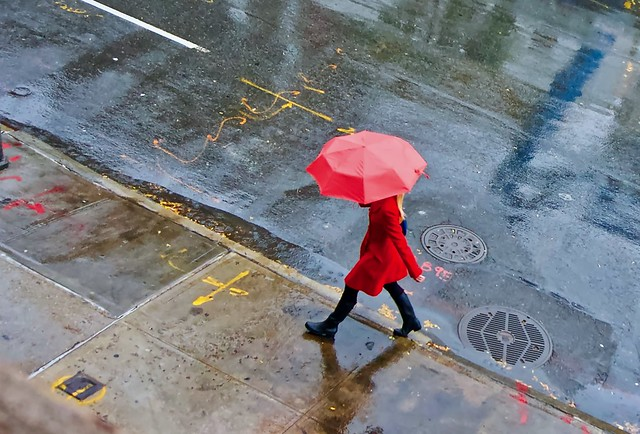 Walking in the rain - Chelsea, New York City