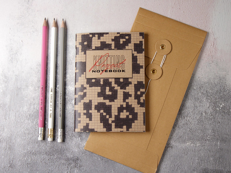 Knitting notebook and pencils set