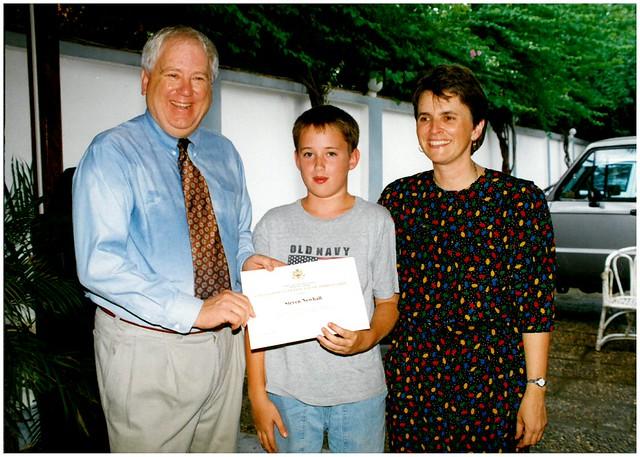 Ambassador Quinn presents certificate 1