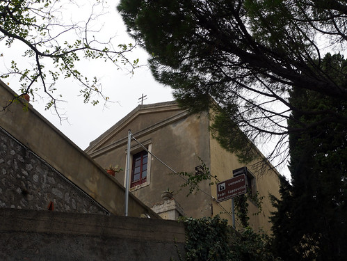 Capuchin Convent & Catacombs