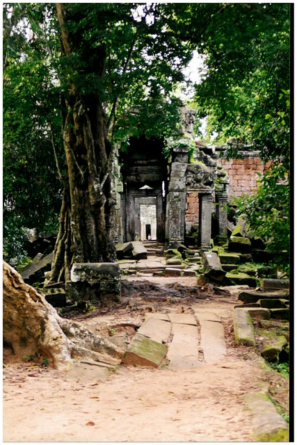 Visiting Angkor Wat Ruins