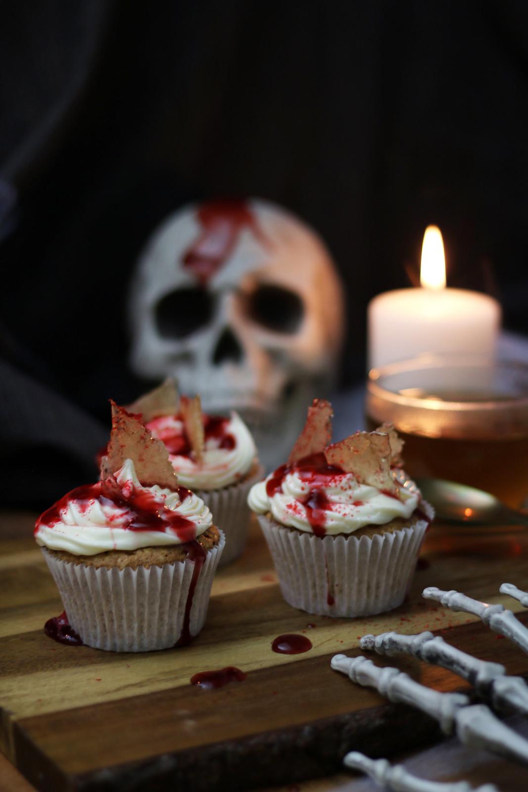 Earl-Grey-bloody-cupcakes-teapro